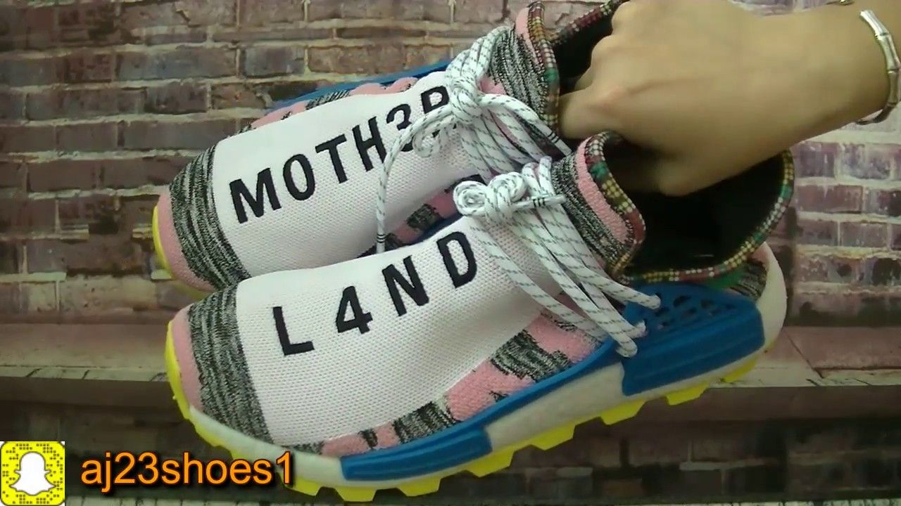 a2d5627e2c637 Unboxing Pharrell x Adidas Originals NMD Hu Solar Light Pink From aj23sh.