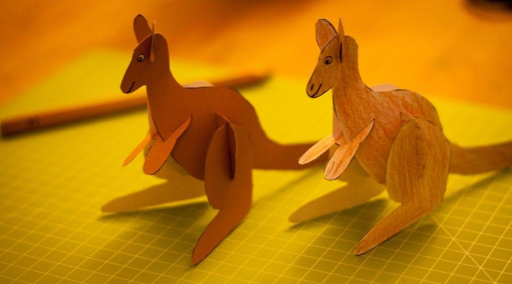 Wir Haben Fur Euch Gemeinsam Mit Unseren Kindern Welche Immer Mal Wieder Aus Papier Bzw Pappe Ahnliche Stecktiere Nachbauen Ein K Bastelbogen Kanguru Basteln