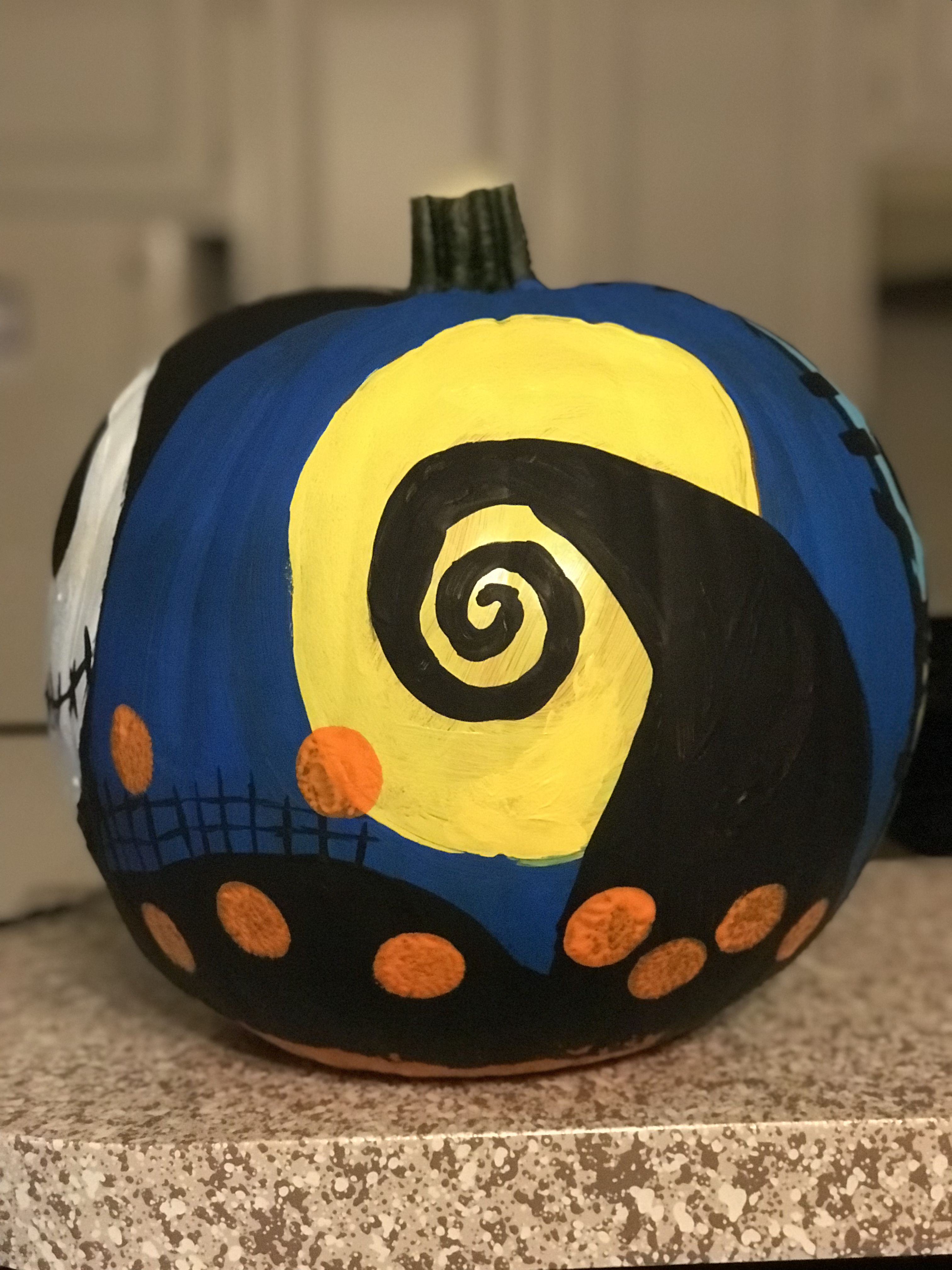 Nightmare Before Christmas Pumpkin painted on. | How to with ...