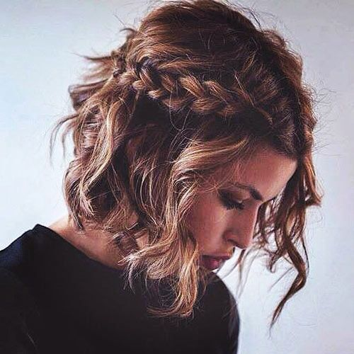 This Gorgeous Braid Is Easy To Style And Works For Medium Length Hair Too Medium Hair Styles Hair Styles Short Hair Styles