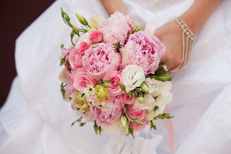 15 peony bridal bouquet inspiration gardens peonies garden and peony rose - Garden Rose And Peony