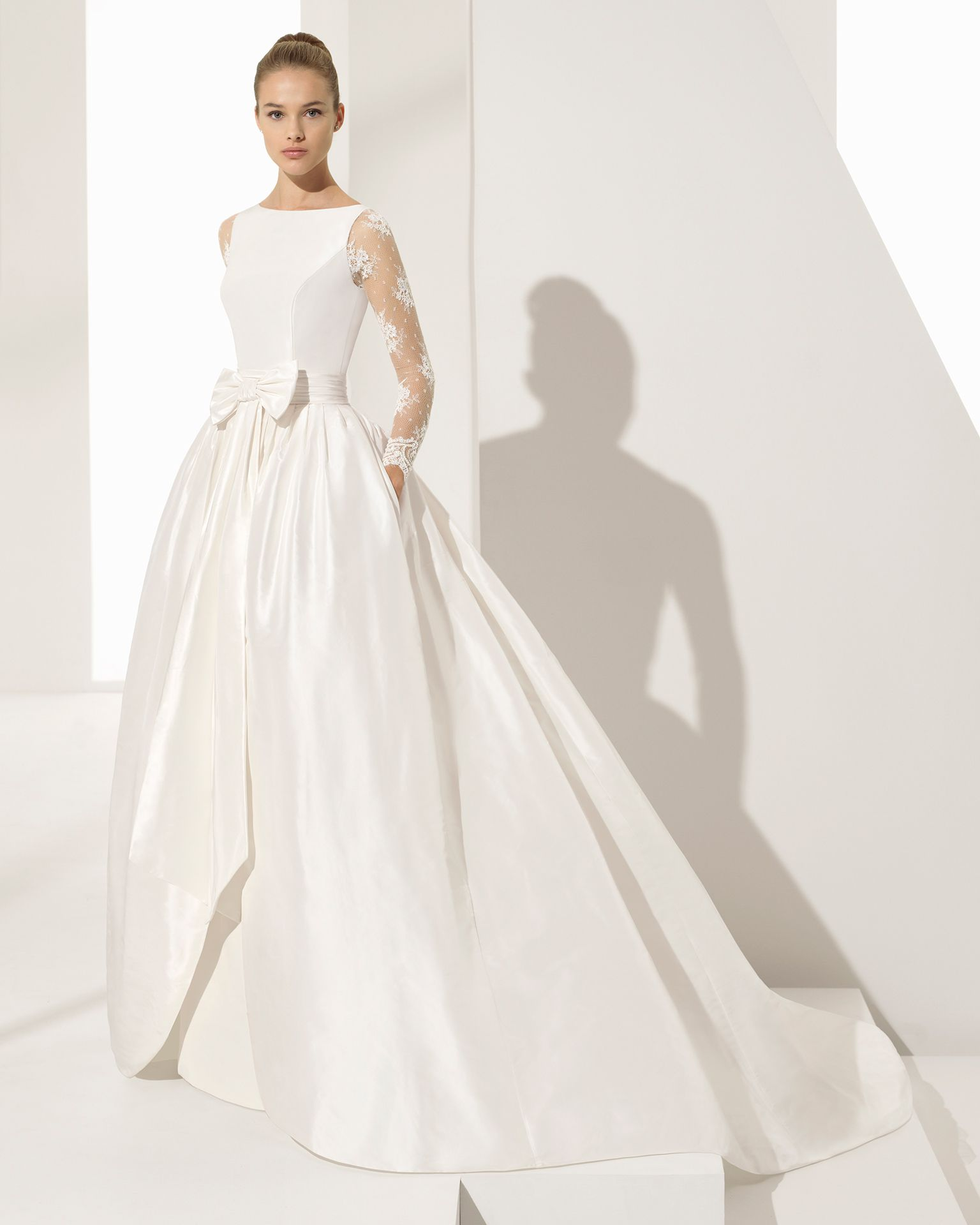 76a9022c9f4d PASTORA - sposa 2018. Collezione Rosa Clará Couture