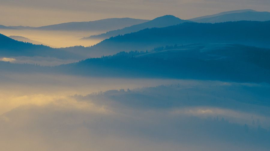 A day above clouds by Gelu Toaipa on 500px