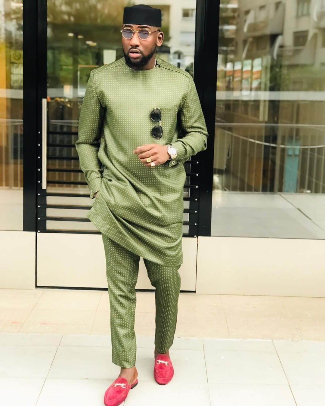 These Latest Native Wears For Guys Are Hot Couture Crib In 2020 Nigerian Men Fashion African Shirts For Men Dashiki For Men