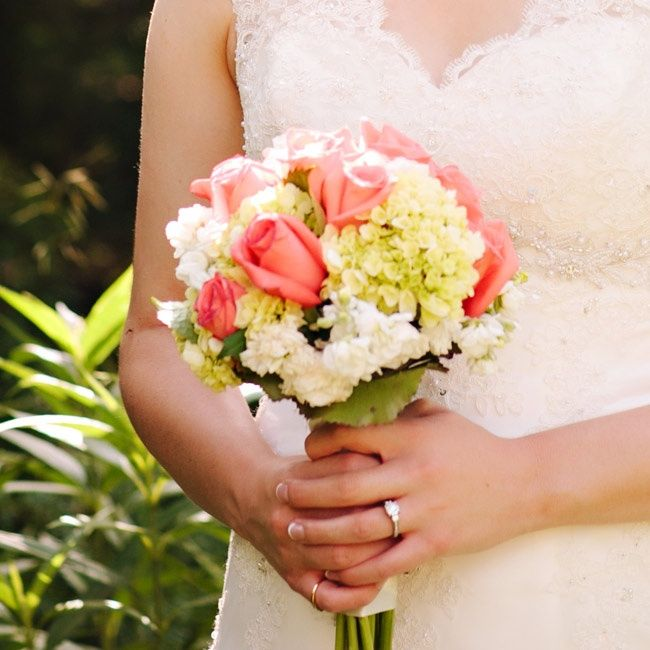 Wedding Flowers Lincoln: Simple Pink And White Bridal Bouquet