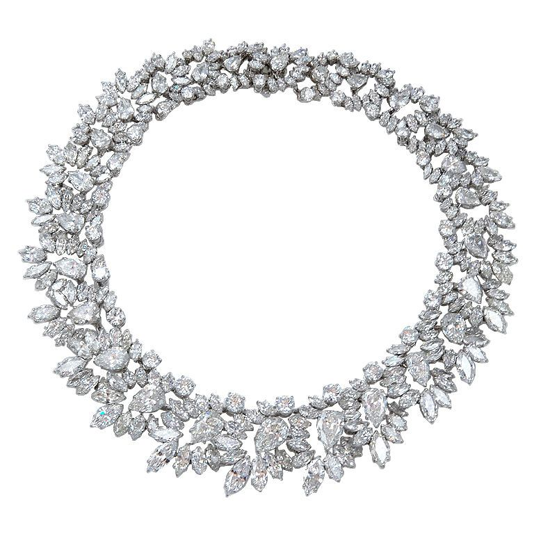 harry winston magnificent wreath diamond necklace made in. Black Bedroom Furniture Sets. Home Design Ideas