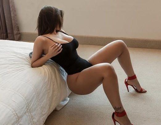 Bella thorne sexy gifs