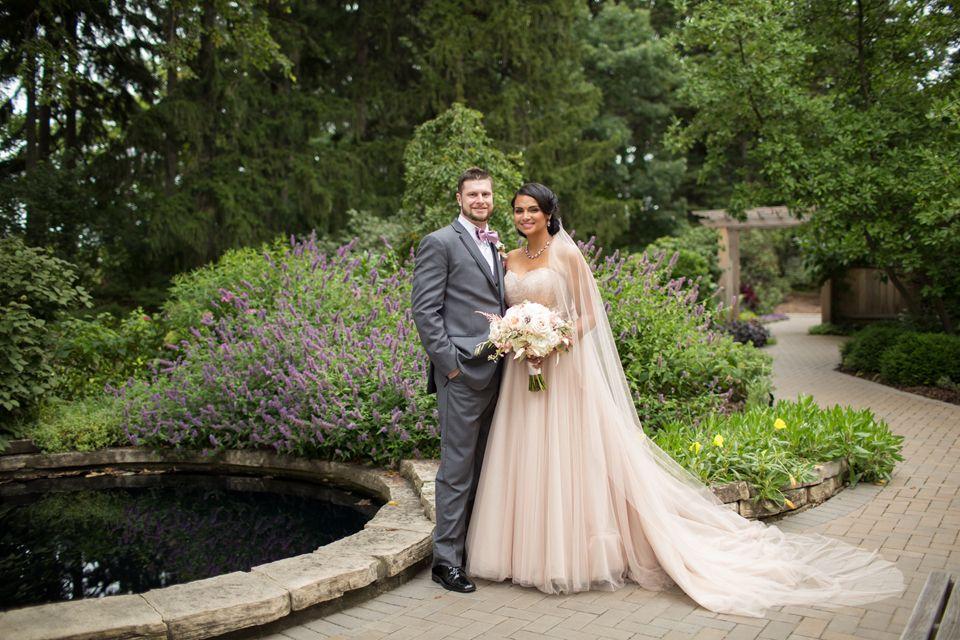 Meghan Andrew A Summer Morton Arboretum Wedding