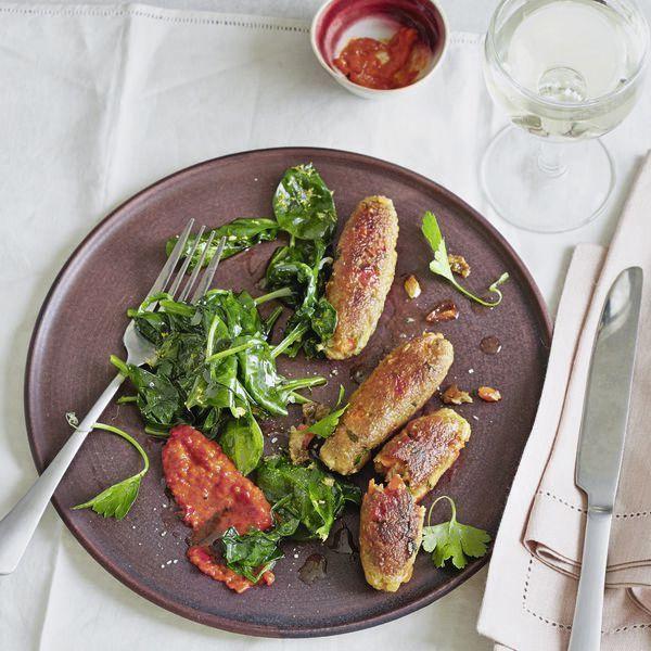 gr nkern cevapcici mit knoblauch spinat rezept kochen vegetarisch pinterest spinat. Black Bedroom Furniture Sets. Home Design Ideas