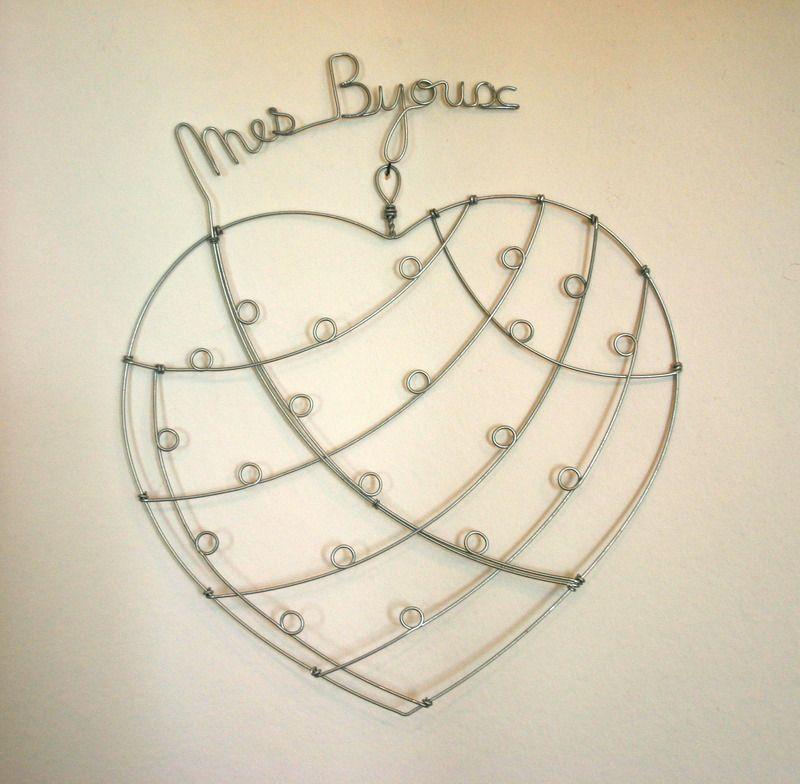 porte bijoux mural en fil de fer maison de la suite dans les id es fait maison wire. Black Bedroom Furniture Sets. Home Design Ideas