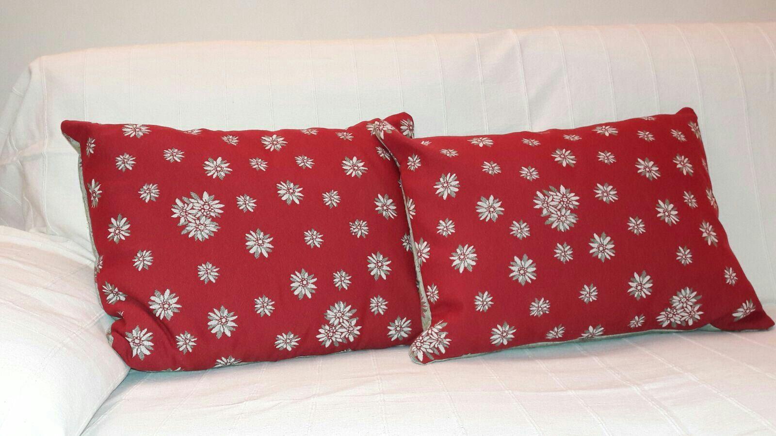 Cuscini Rossi Natalizi.Cuscino Rosso E Verde Di Natale Cuscino Di Natale Christmas