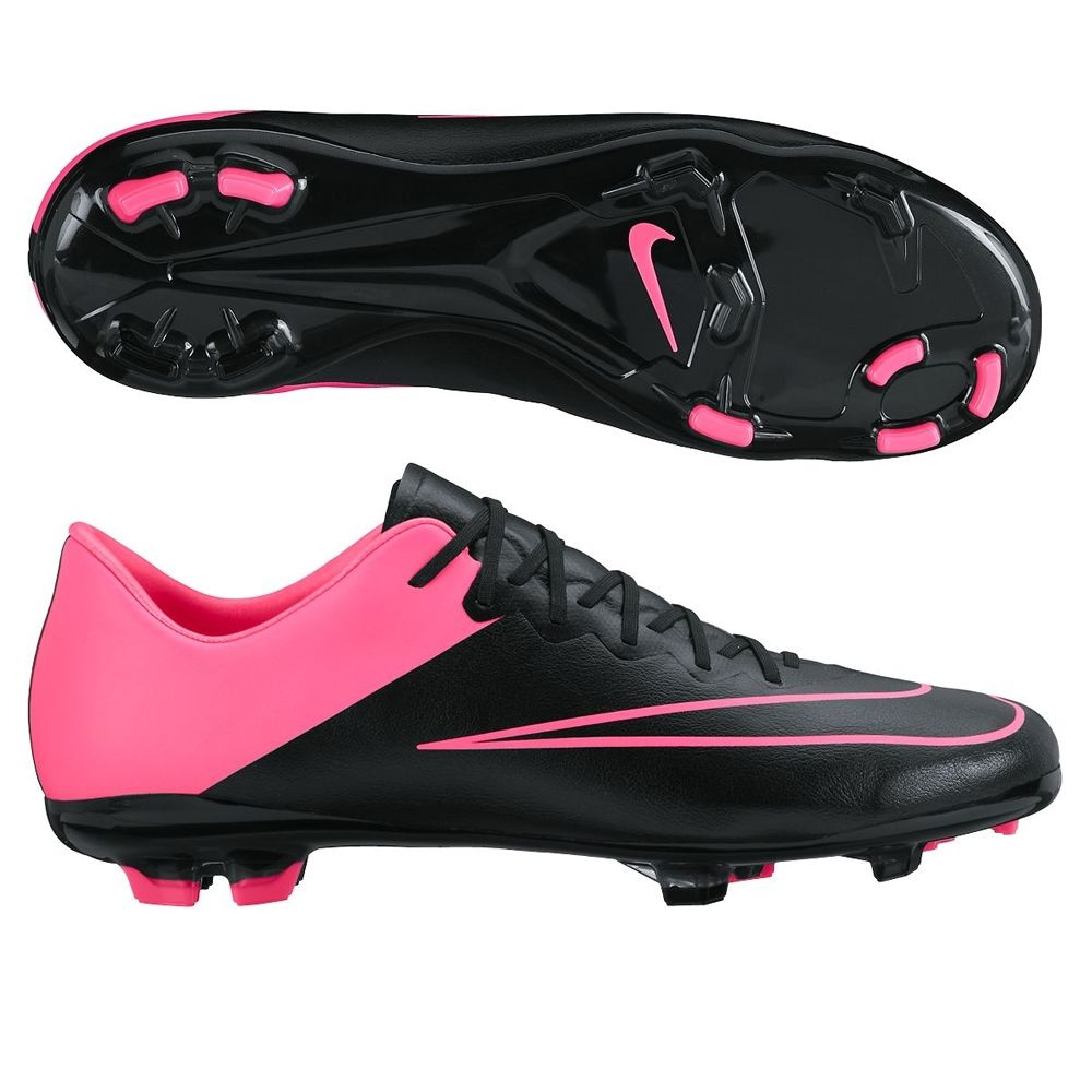The Nike Jr. Mercurial Vapor Tech Craft soccer cleats deliver a great look  with the