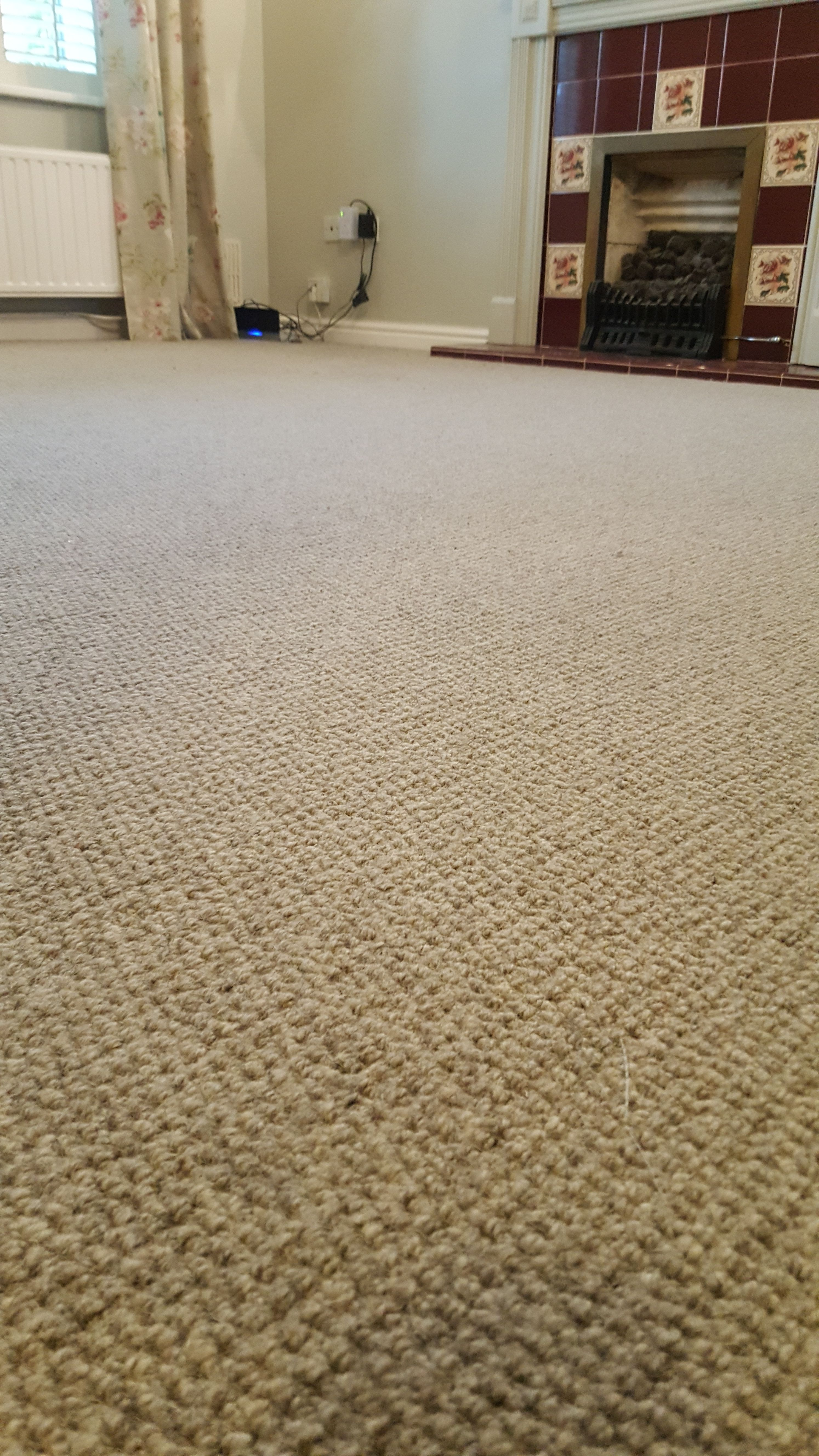100 Wool Berber In A Self Pattern Design In Grey Fitted To A Lounge On Top Of An 11mm Pu Underlay This Helps The Carpet To Feel Vinyl Flooring Carpet Design