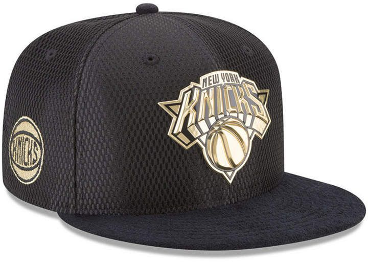 new product 5f3a6 f2ef7 New Era New York Knicks On-Court Black Gold Collection 9FIFTY Snapback Cap