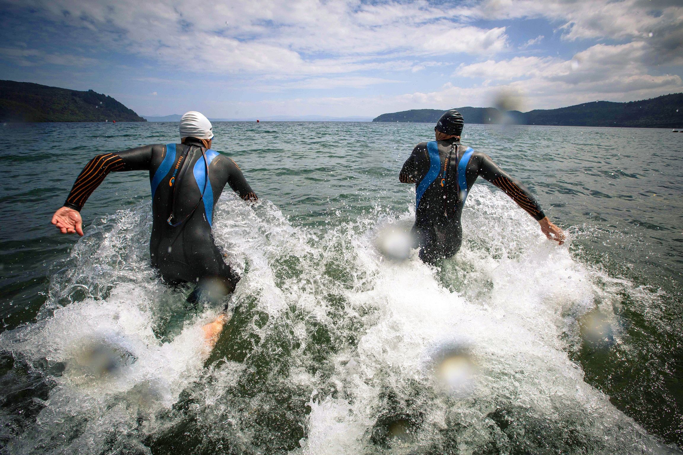 Wetsuit Wearhouse sat down with Triathlete Adam Himmelwright to answer your most frequently asked Triathlon Wetsuit Questions!
