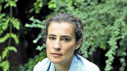 María Martoccio (1957). Novelista y cuentista; traductora y da talleres de escritura.