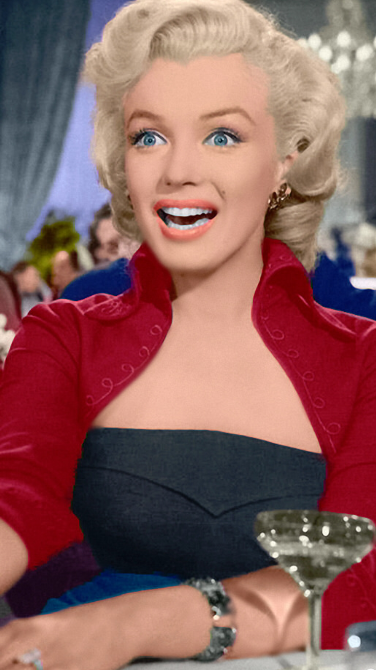 Marylin Monroe Colorized Marilynmonroe Marilyn Of Course In 2019 Norma