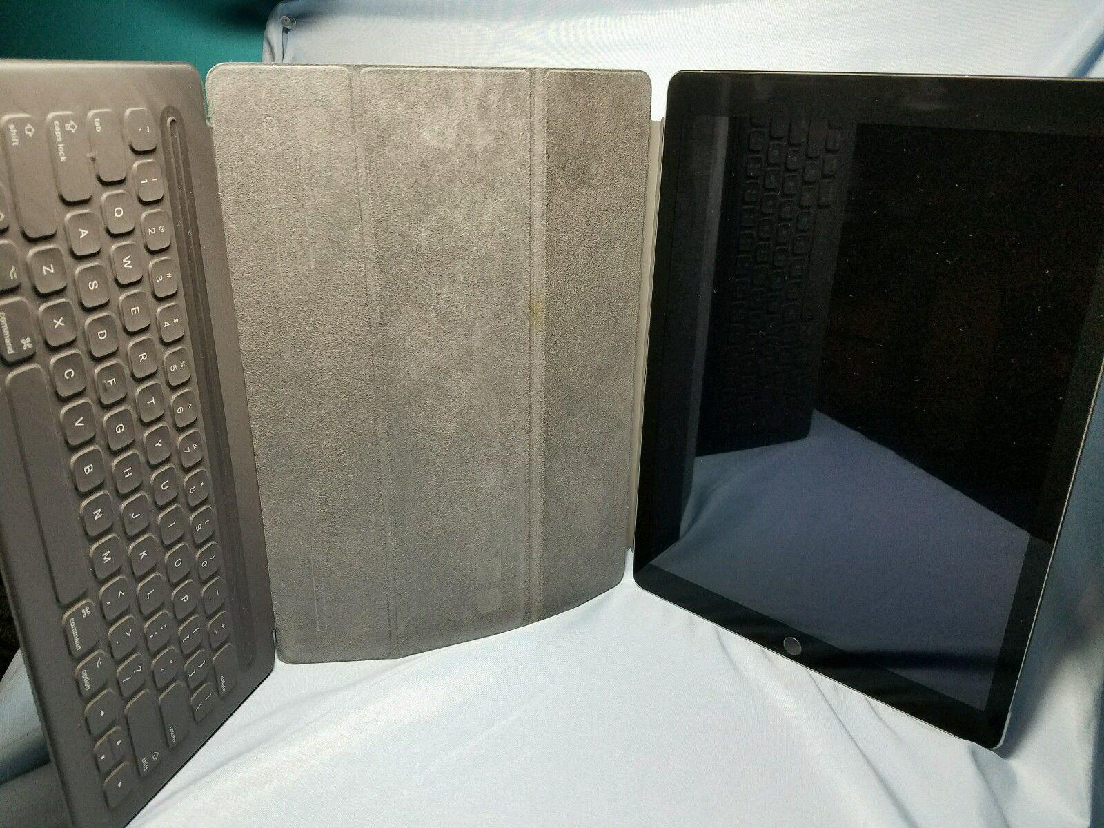 Big Bundle! iPad Pro 12.9 32GB Space Gray WIFI - Smart Cover Keyboard! $1195.00 https://t.co/DBeEYi1bhm https://t.co/irPQ3b1WO5