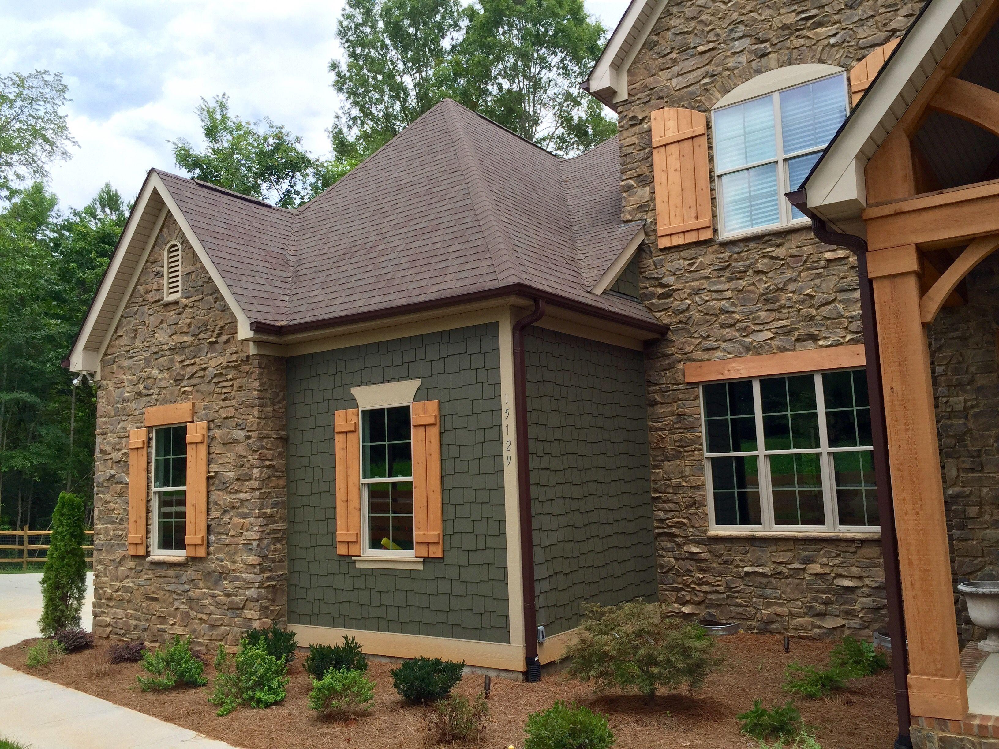 Best Arh Exterior Providence B Plan Exterior 49 Roof Oc 640 x 480