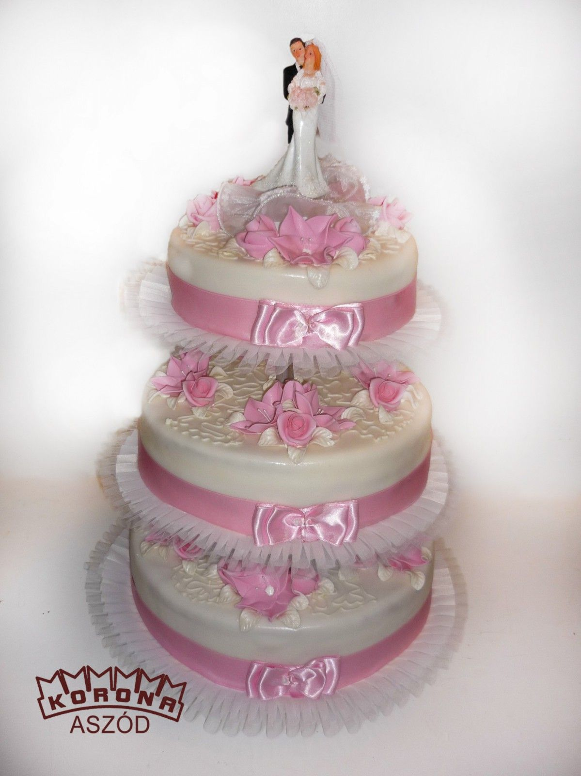 """rózsaszín esküvői torta Képtalálat a következőre: """"esküvői torta pink""""   esküvői torták  rózsaszín esküvői torta"""