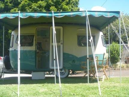 100f2a31f226c8 1960 Sunliner Vintage fibreglass caravan