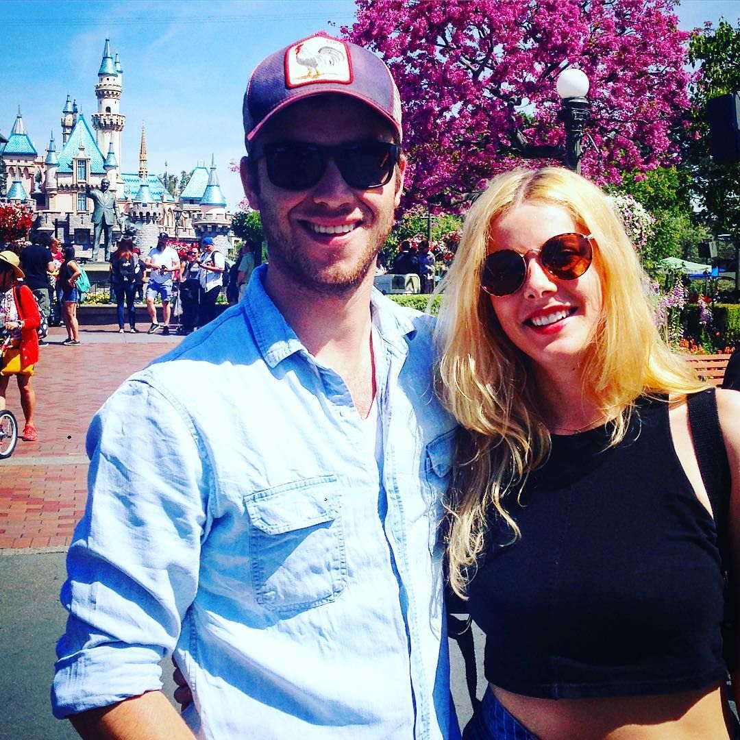 Jeremy Sumpter and Rachel Hurd-Wood reunited at Disneyland ...