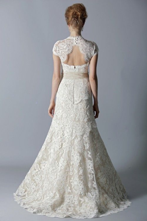 41 Charming Keyhole Back Wedding Dresses Weddingomania Keyhole Wedding Dress Wedding Dresses Wedding Dress Alterations