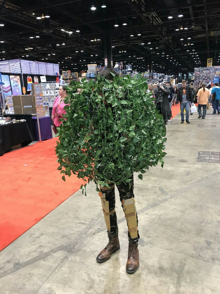 Fornite In A Bush Cosplay Fortnite Cosplay Pinterest Halloween