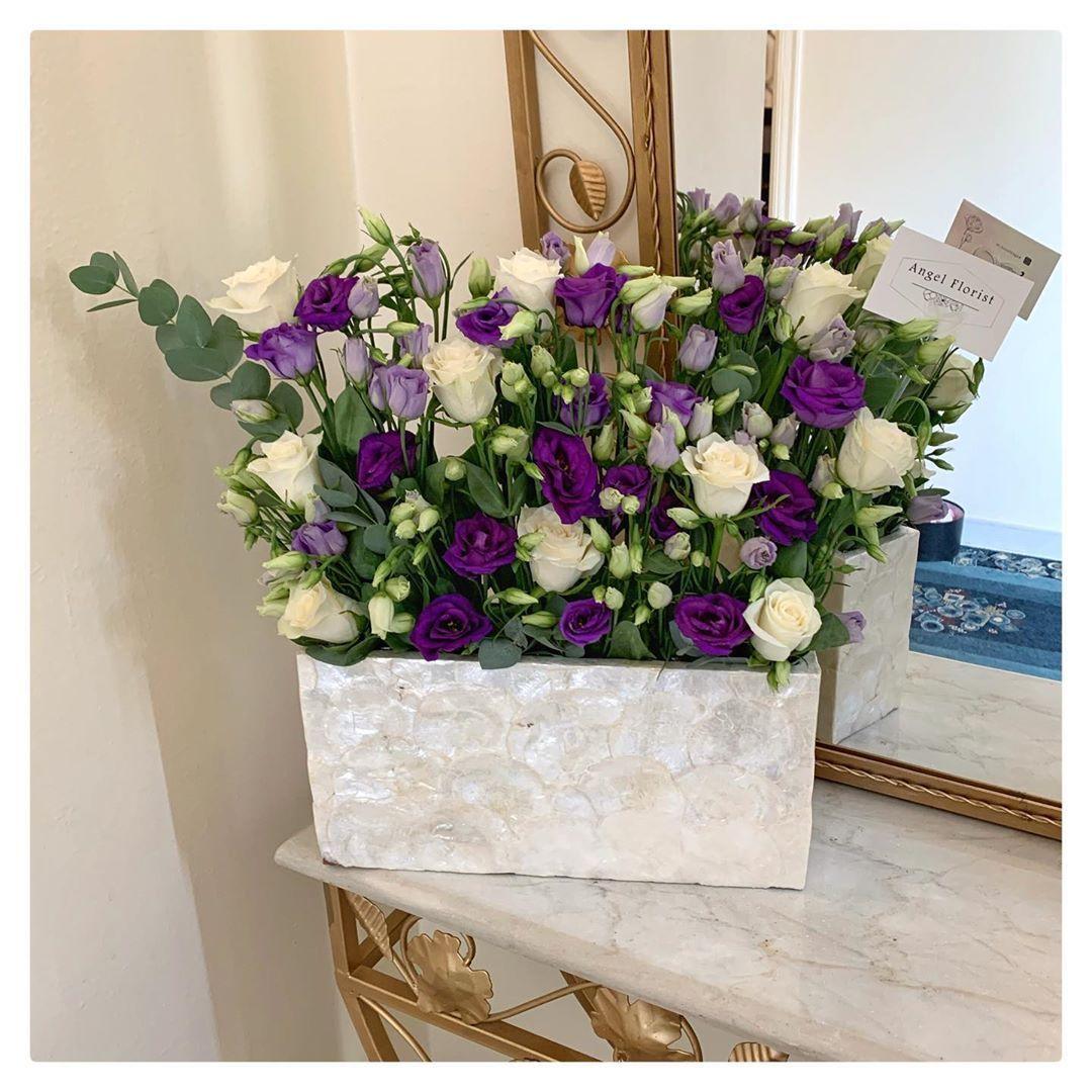Https Www Instagram Com P Cba7q Vhk 7 Igshid 1w7z5ptv6pkxi In 2020 Floral Wreath Floral Florist