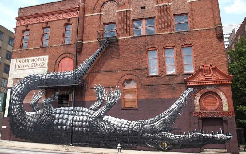 ALLIGATOR STREET ART   Artwork by ROA !   Crikey! Hugely awesome piece by street artist ROA in Atlanta, Georgia for the Living Walls Conference.