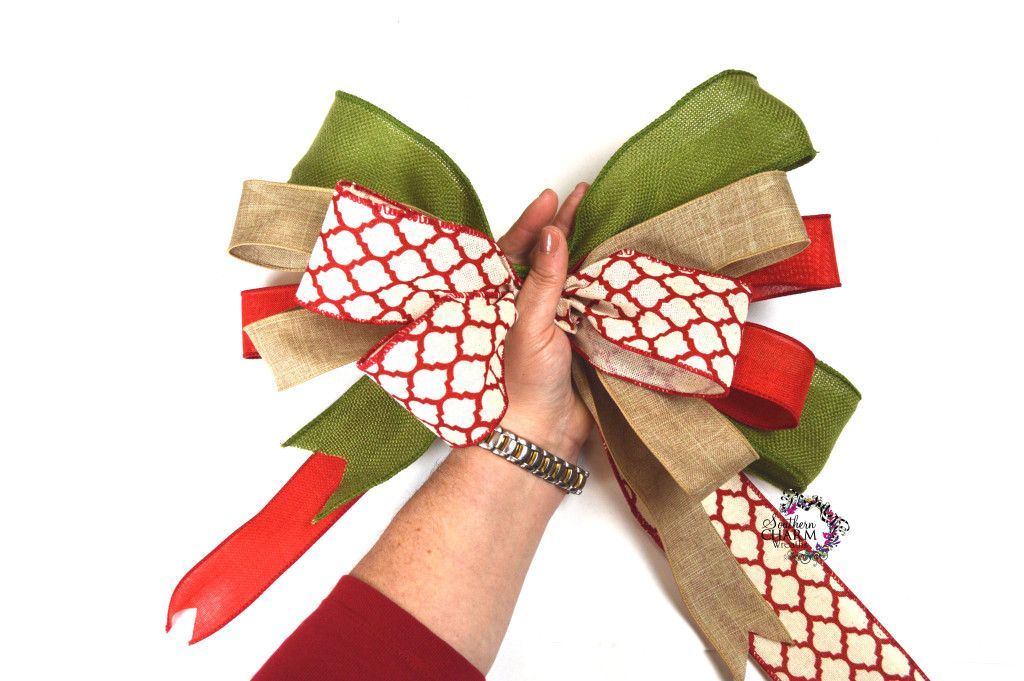 How to Make a Bow with Multiple Ribbons Diy wreath bow