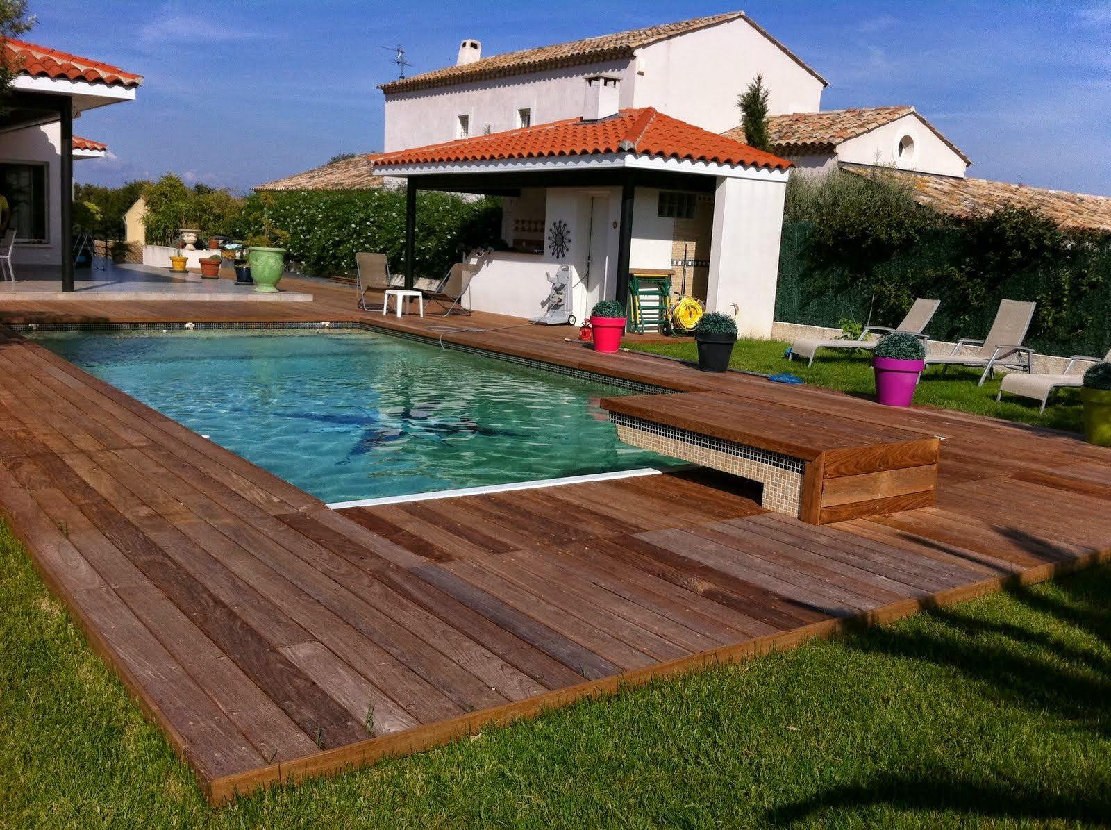 Terrasse de piscine Ipé visserie apparente margelle intégrée ...