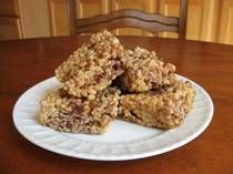 Healthy Peanut Butter Rice Crispy Treats (brown rice syrup instead of marshmallows)