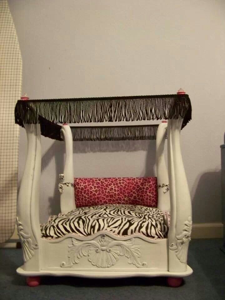 Repurposed End Table To Dog Bed Doggeh Diy Dog Bed Dog Beds