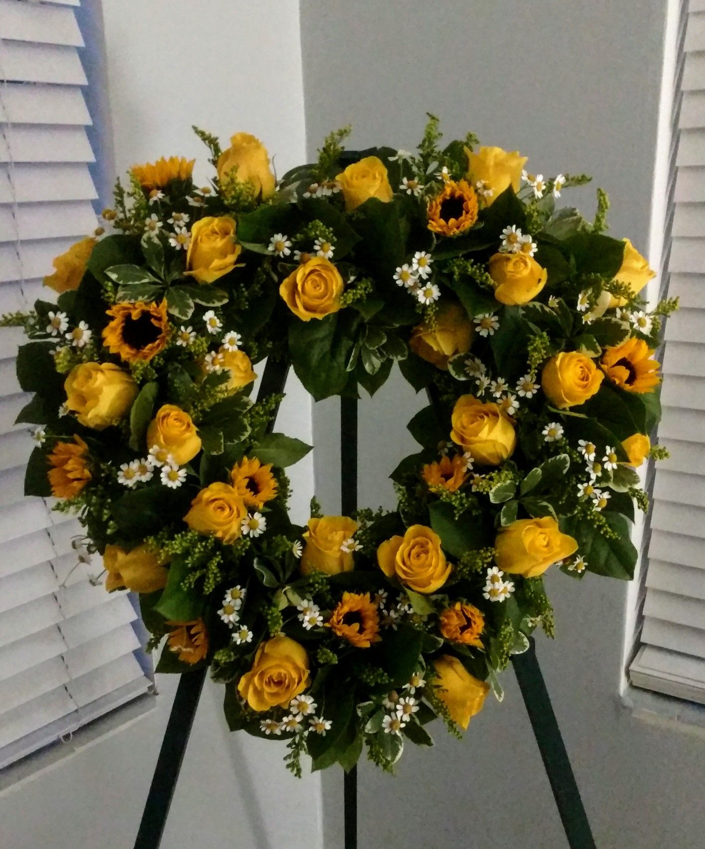 Pin On Floral Arrangements By Jcbo