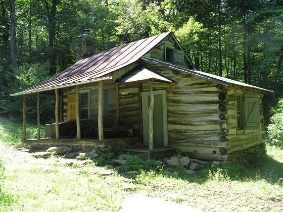 Corbin Cabin 1 5 Mile Hike In 30 Night Cabin House Styles Weekend Trips