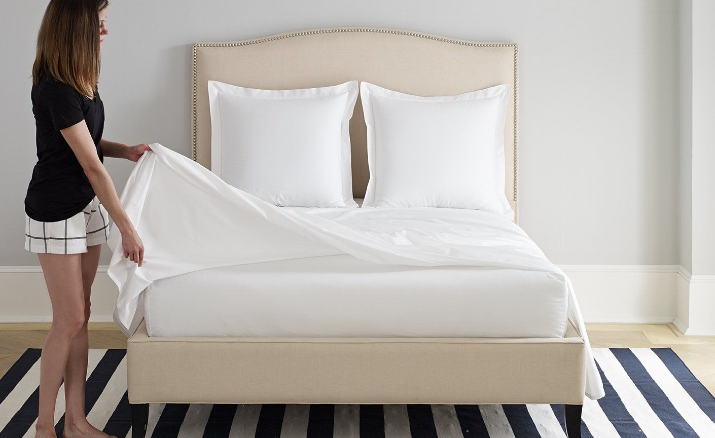 Flat Sheet Vs Fitted Sheet Bed Sheets Sale Bed Sheets White Bed Sheets