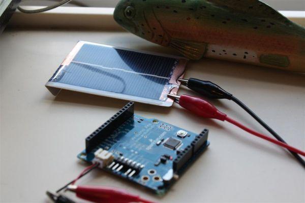 playing card portable solar panel