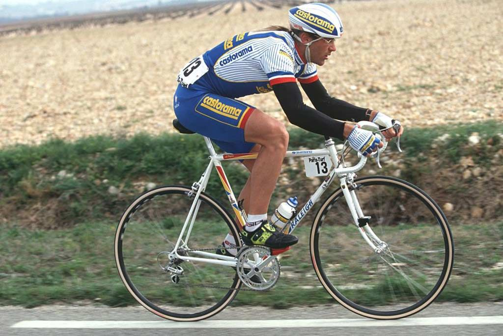 Roadworks Reparto Corse Laurent Fignon In 2020 Cycling Kit Cycling Magazine Cycling