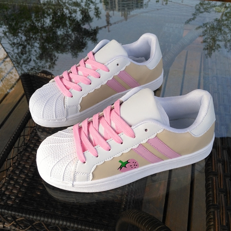 47a70cb42a4 Strawberry Sneaker Shoes SE8011 Sapatos Kawaii