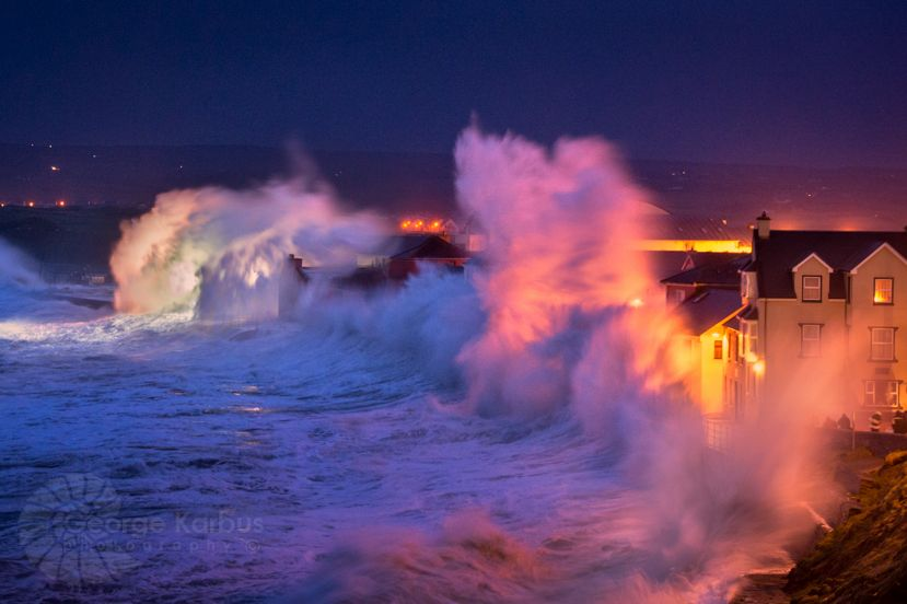 Epic Storm Hercules Produces Record Sized Waves In Europe Ocean Photography Scenery Pictures Ireland Landscape
