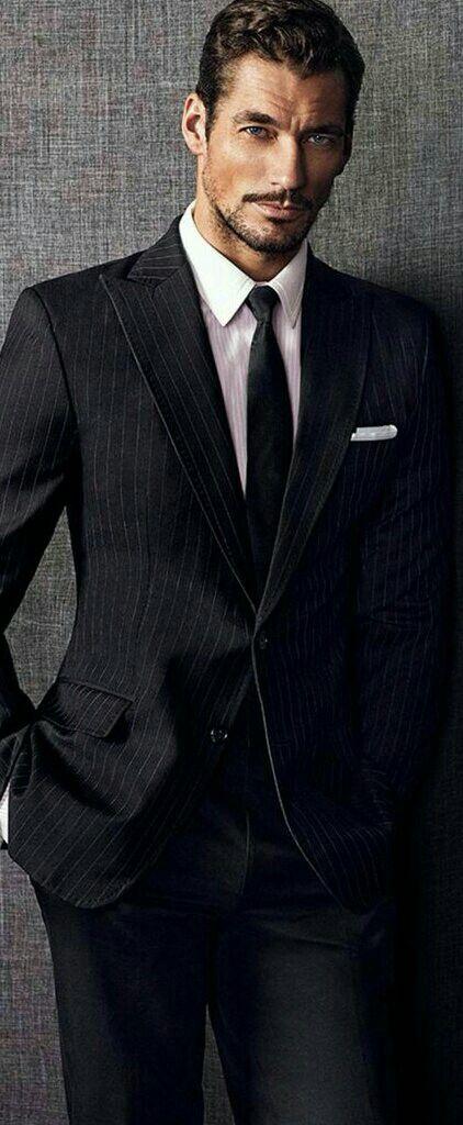ввиду отсутствия красивые мужчины в костюме фото смену
