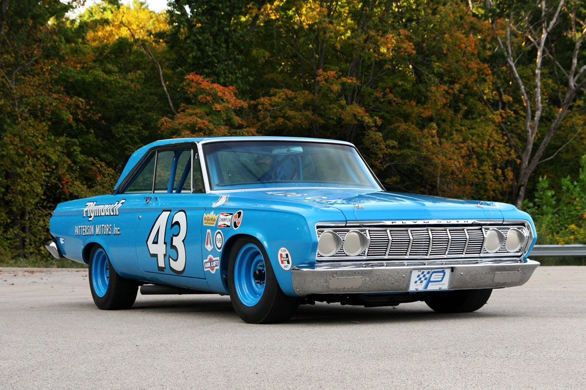 Vintage Stock Reignofmethanol Richard Petty S 1964 Plymouth Classic Cars Muscle Nascar Race Cars Old School Muscle Cars