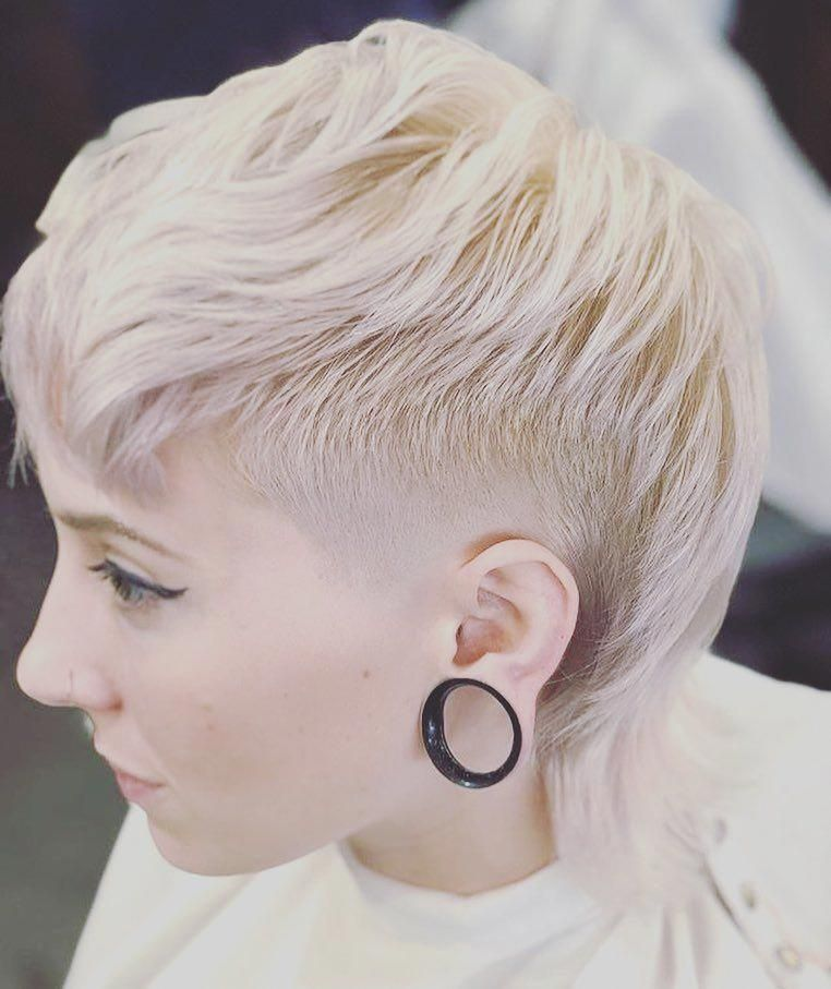 50 Cute Looks with Short Hairstyles for Round Faces ...