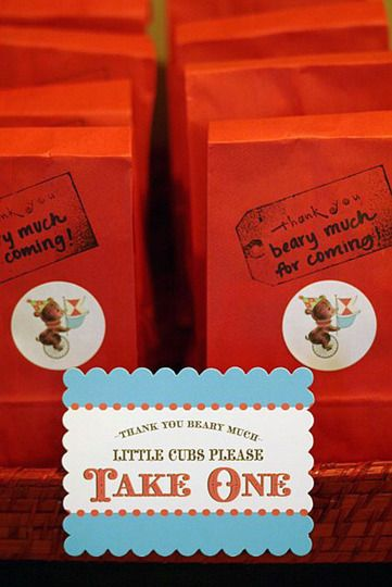 """""""little cubs"""" thank-you bags"""