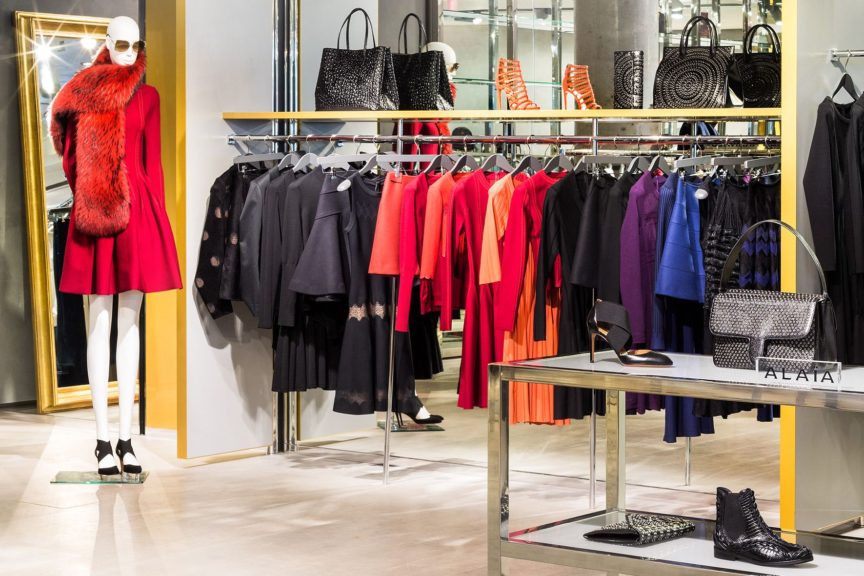 Apropos Düsseldorf | Designermode für Damen und Herren