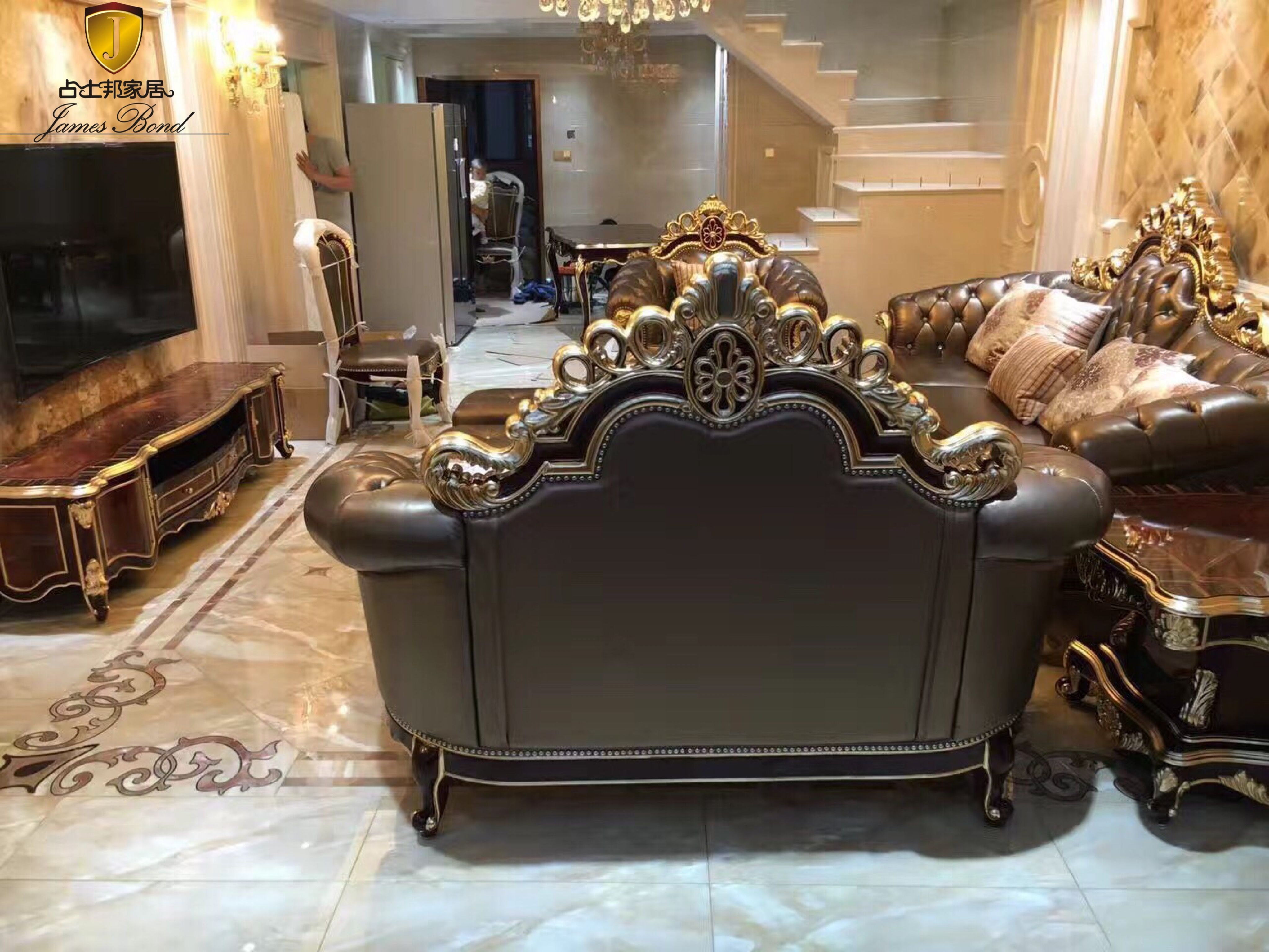 James Bond classic furniture is also used by the Malaysian royal family   Classic furniture ...