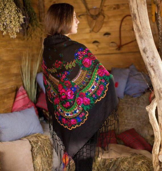 Big Ukrainian black shawl with floral print by NatsCozyShop