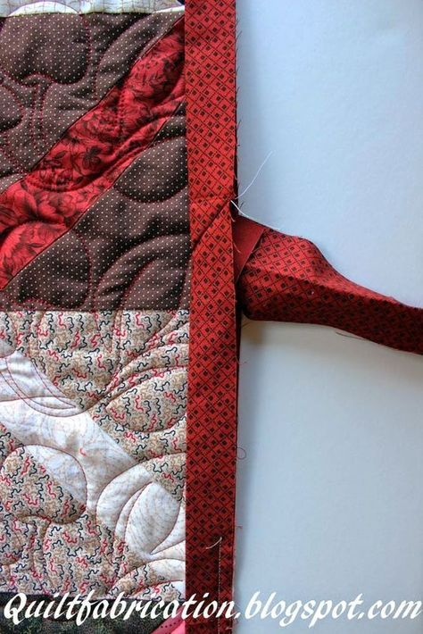 Connecting Binding EndsThe Easy Way! is part of Quilt binding tutorial, Machine binding a quilt, Quilt binding, Quilting tutorials, Quilting tips, Binding tutorial - tutorial on joining the ends of quilt binding