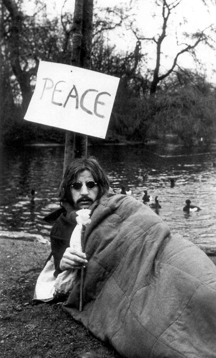 Crowdog89 Ringo Starr Sleeping Bag Peace In The Park Actually I Believe This Is A Scene From Magic Christian 1969